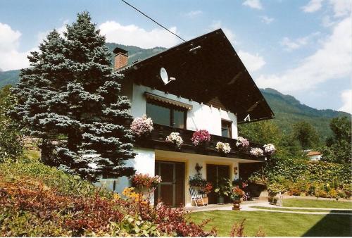 Alpine Dollshouse