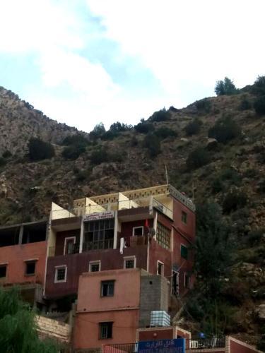 Hotel Timichi Setti Fadma