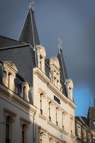 Hotel casino club differdange luxembourg стафф в казино