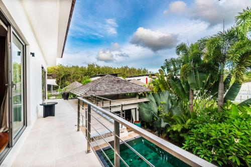 Luxury Private Pool Villa near Laguna Phuket