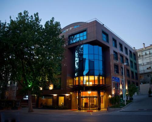 Best Western Hotel 2000