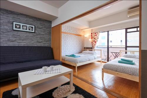 203 Modern Luxury apt in Namba
