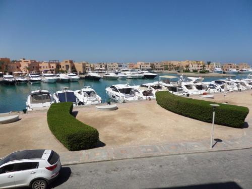 Perfect marina apartment