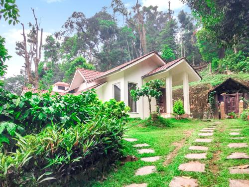 Cosy cottage stay perfect for a travelling group by GuestHouser
