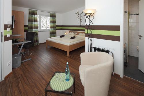 Hotel DAH-Inn