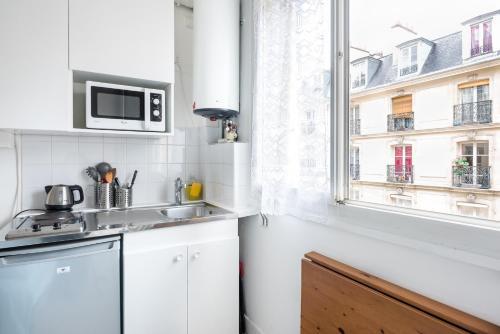 ventilateur sur pied boulanger le meilleur ventilateur dyson boulanger with ventilateur sur. Black Bedroom Furniture Sets. Home Design Ideas