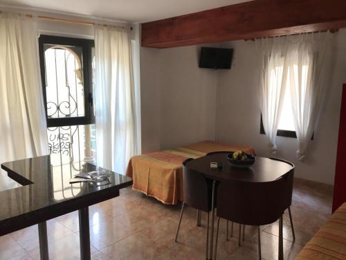 Letto Rosa Clara : Apartaments rosa clara lloret de mar u2013 prezzi aggiornati per il 2019
