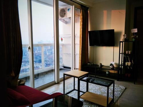 2 BR Luxury Apartment Menteng Park