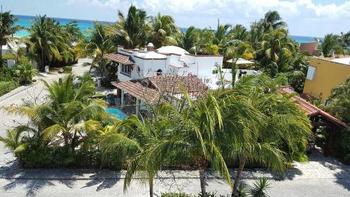 Casa Blanca Vacation Home Rental