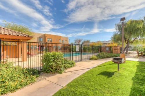Luxurious Townhouse near Downtown Tempe and ASU