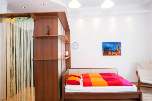 A bed or beds in a room at Anastasia 2 bedrooms apartment on Váci utca