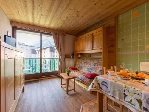 Apartment Lauvitel