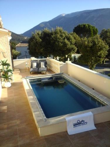 bel air du ventoux romarin deluxe family room bedroom access by stairs only - Hotel Drome Provencale Avec Piscine