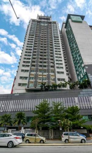 cozy Apartments at Taragon Bukit Bintang