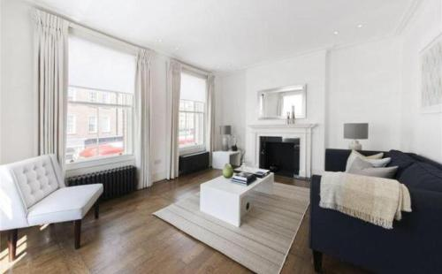 Luxury 3 bedroom House in Chelsea