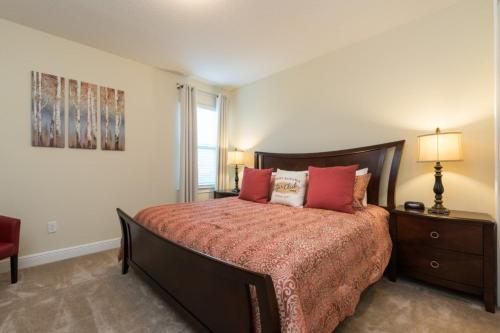 Brookhurst Lane Villa 5710