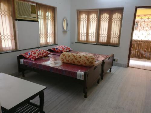 Sri Radhamoni Guest House
