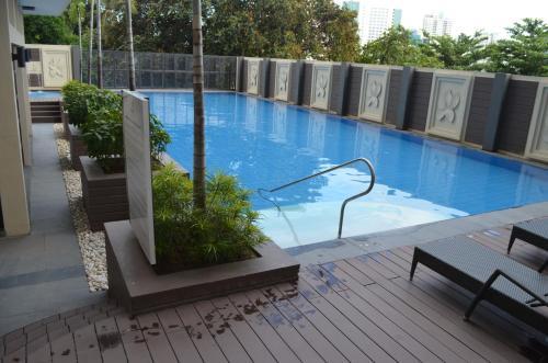 Shenzhen's Condo Place