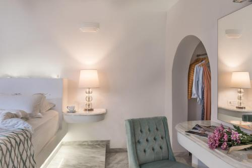 A bed or beds in a room at Anteliz Private Villa