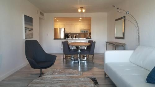 Sunny Isles Beach Modern and Luxury Apartment