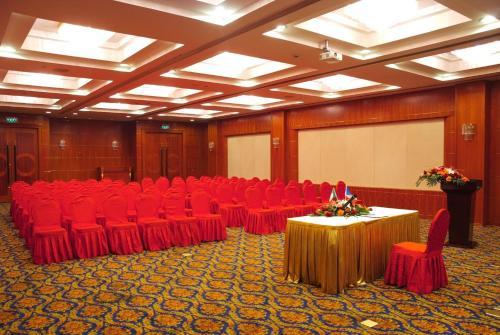 Changshu Jinling Tianming International Hotel