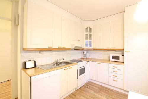 2 room apartment in Vantaa - Rautkalliontie 7