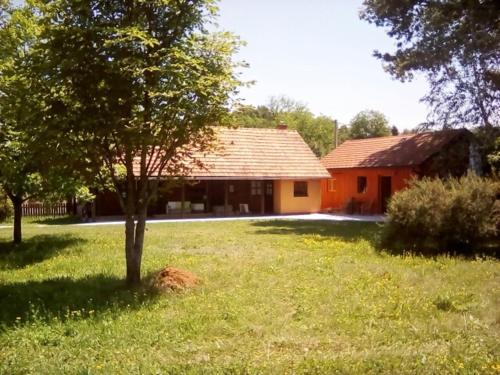 Country Houses Zen Oaza Tara