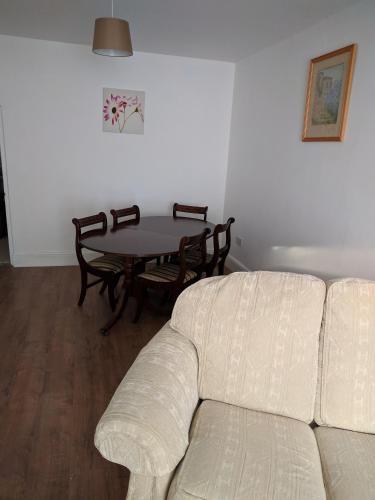telelkebire house 44