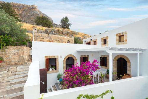 Amazing Acropolis House Sleeps 6 people