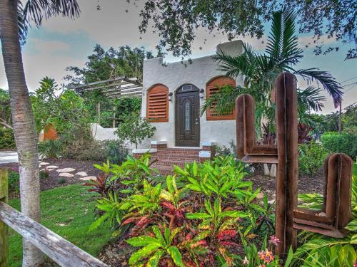 Delray Beach Home and Cottage
