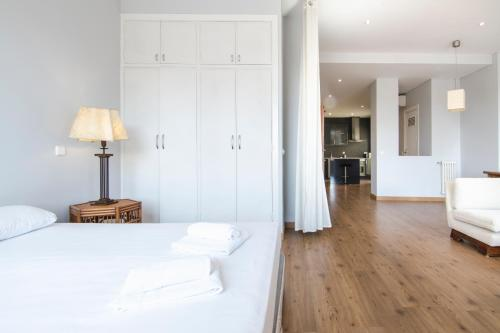 A bed or beds in a room at Princesa 96