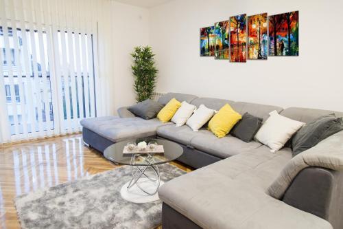 Belavu 5 Apartment