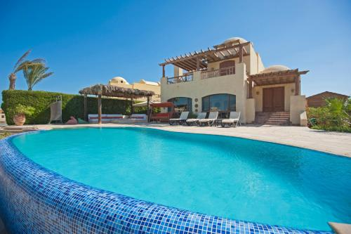 Beachfront El Gouna Villa with Pool