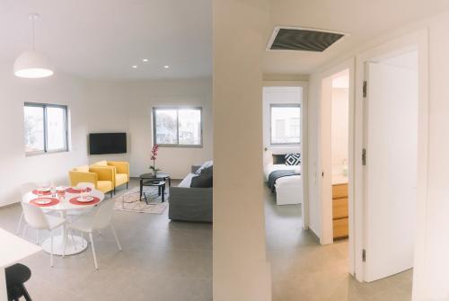 A Luxury 2 apartments Geola Beach