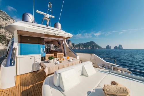 Capasecca Luxury Yacht