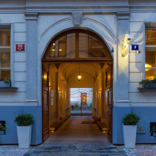 Unitas Hotel prague的圖片搜尋結果