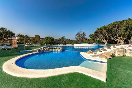 The swimming pool at or near Mirador del Paraiso 213 - 2 bedrooms