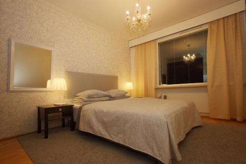 Michelle Center Apartment