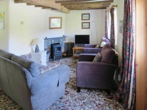 A seating area at Garries Cottage