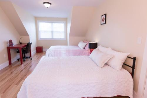 Independence Ave Townhouse, 218B