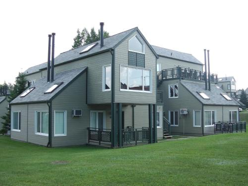 Holiday Villa Resorts at Mont Ste Anne