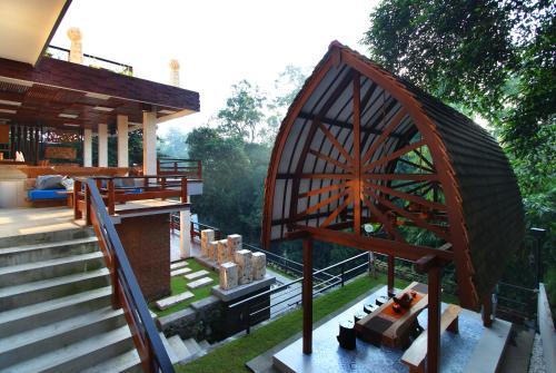 Little Ubud River View Villa