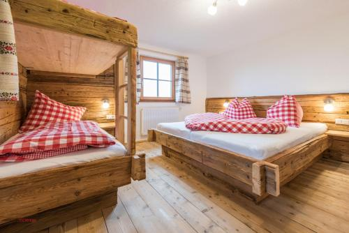 A bed or beds in a room at Almliesl PIES-533