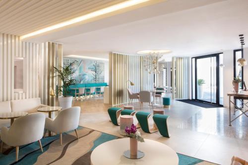 Hotel Mercure Villeneuve Loubet Plage