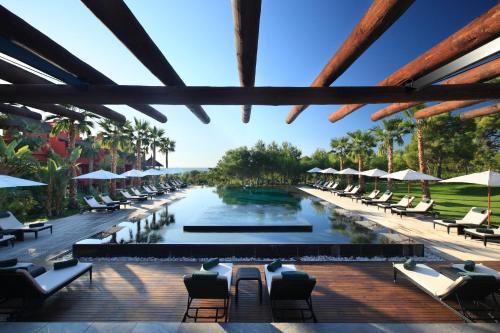 巴塞羅亞洲花園泰式spa酒店