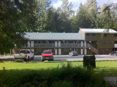 The Hitching Post Motel