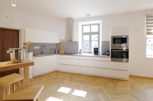 A kitchen or kitchenette at Latron 98