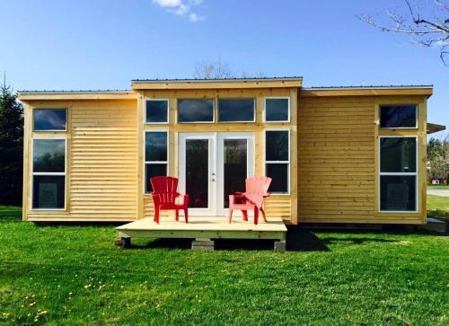 The Sun House, Tiny House