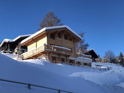 Chalet Grand Roi during the winter