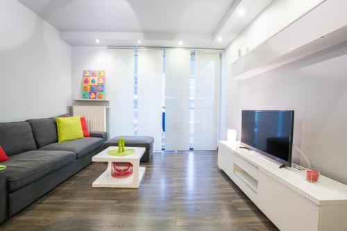 Good Time Apartments Kościelna III TV w sypialni, parking